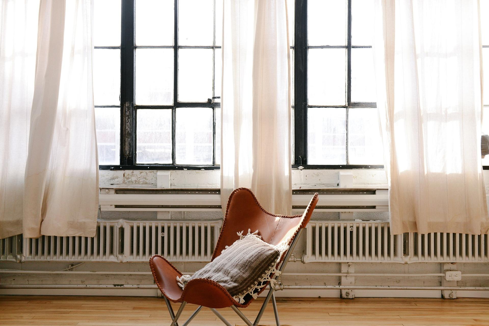 chair-690341_1920